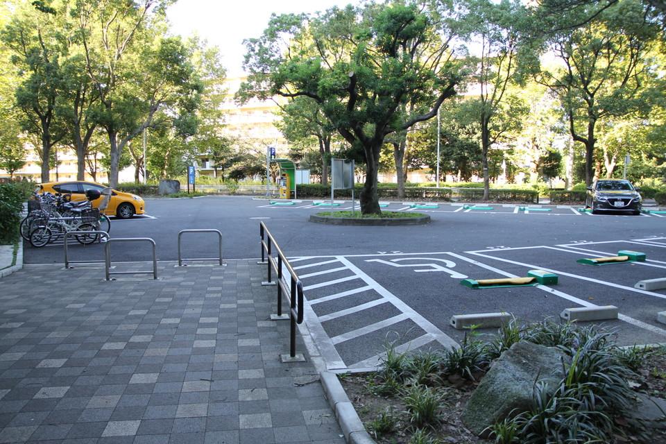 002_parkings