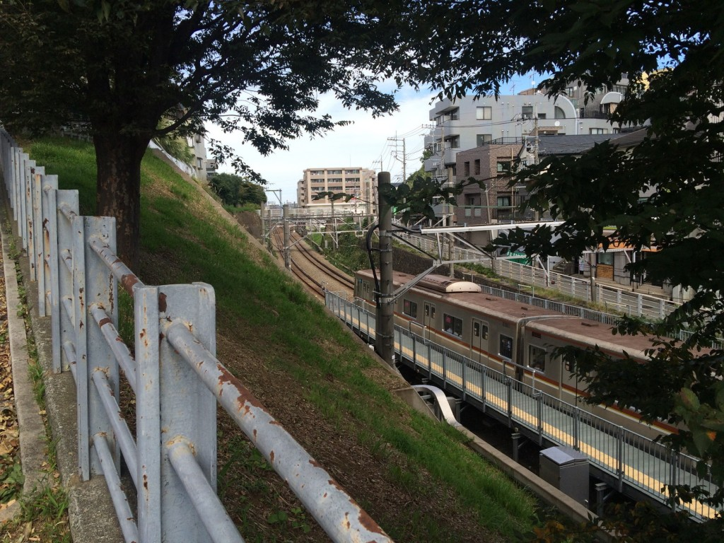 009_train2s