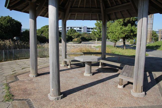 014_bench