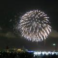 座って真正面に花火!7/19も横浜スパークリングトワイライトは100%オススメ。穴場は赤レンガ倉庫