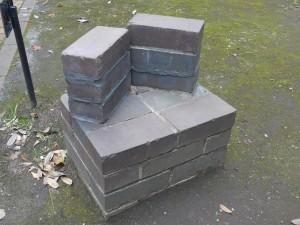 block010