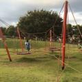 長坂谷公園:広い芝生と、大きな遊具。開放感いっぱいの穴場公園 [緑区]