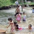 子供と水遊び!横浜で水遊び場のある公園、じゃぶじゃぶ池まとめ - 7選+2[2018年夏版 横浜編]
