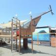 ちびっこBACH SAVERパーク(ちびビーパーク):江の島片瀬東浜のビーチに、子どもの遊び場がオープン。大型木製遊具に20種類の遊びのアイテム![藤沢市江の島:~8月31日]