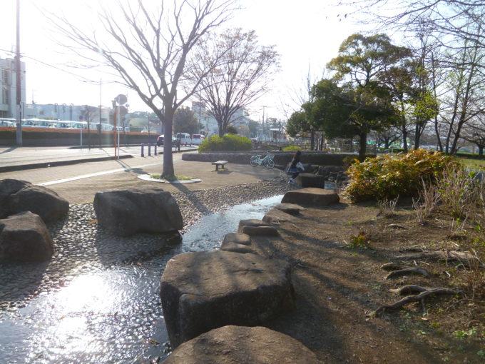 さむかわ中央公園:寒川町役場の隣に位置し、桜の名所として ...
