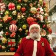 14日にはサンタさんも登場。クリスマスプレゼントを探しに横浜タカシマヤ(高島屋)へ。買い物や下見だけでなく、おもちゃの体験、サンタさんとの撮影、記念の手型足形アートの作製も開催。