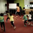 体操の先生とあそぼう!!【4歳からOK】一緒に遊びながら運動できる。人気の寺崎先生と一緒に体を動かして遊ぼう!走って跳んで、楽しい遊びがいっぱい。マットを使って前転のコツも。都筑区仲町台にて初開催。先着受付中 [4月18日(日)]